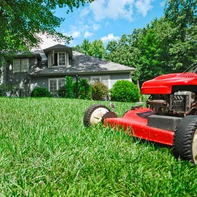 Benefits Of Using Self Propelled Lawn Mowers