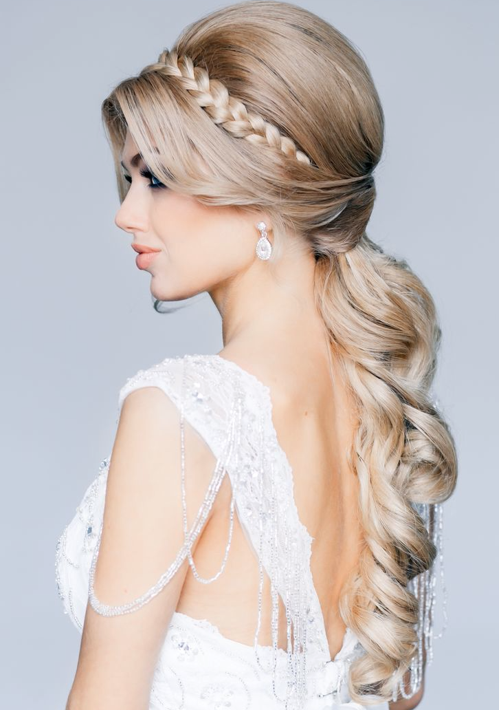 30 GORGEOUS HAIRSTYLE  FOR THE BRIDE  TO BE
