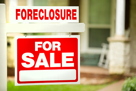 Expert Insights: What Causes a Foreclosure?