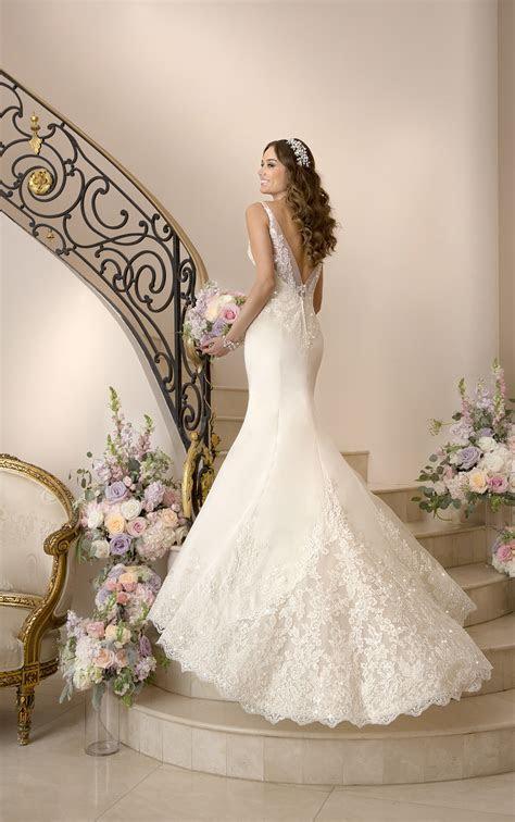 Extravagant Stella York Wedding Dresses   MODwedding