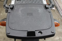 Install Givi E189 Topcase Rack on R1150GS