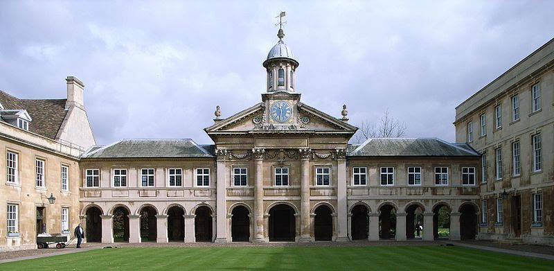 File:The Chapel Emmanuel College2.jpg