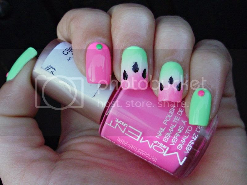 photo watermelon-gradient-nails-4_zps8236fb81.jpg