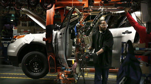 As Ford phases out most cars, Chicago plant will produce a new SUV