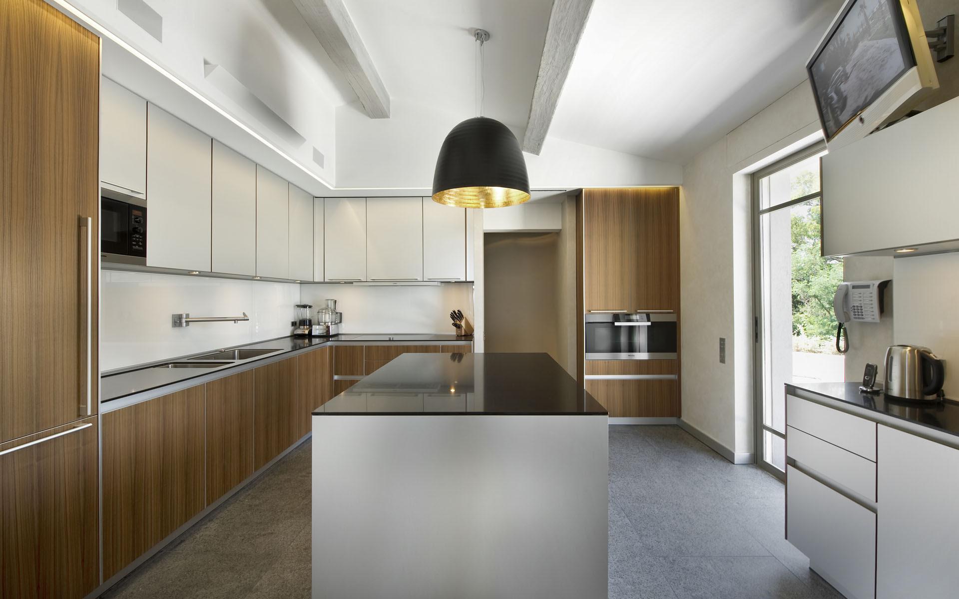 minimalist modern kitchen   Interior Design Ideas.
