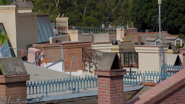 Disneyland Resort, Disneyland, Adventureland, Tarzan Treehouse, New Orleans Square, Rooftop