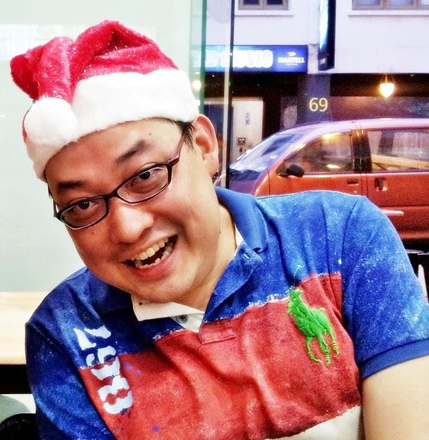 Ivan Teh RunningMan - Christmas Hat