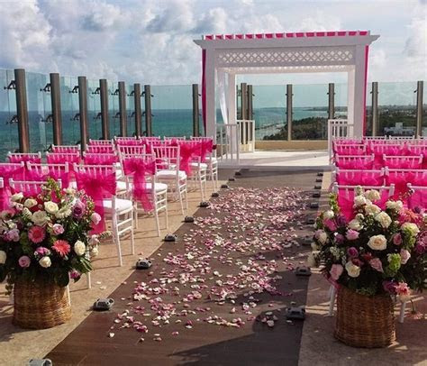El Dorado Royale and Generations Resorts Wedding Option