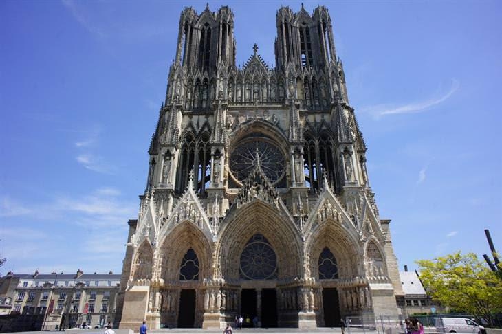 as igrejas mais lindas e famosas da França