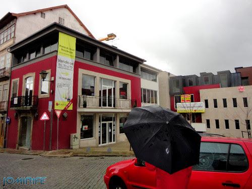 Viseu (35) Edifícios modernos no Centro Histórico de Viseu [en] Viseu - Modern buildings in the historic center of Viseu