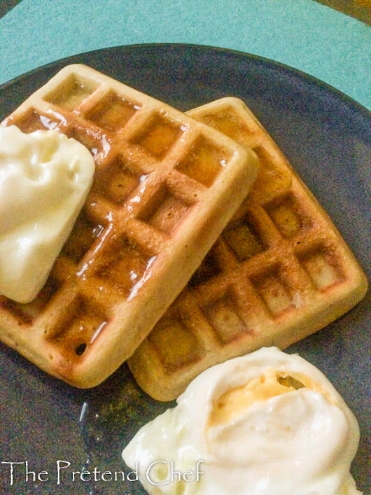 Easy Waffles Recipe - The Pretend Chef