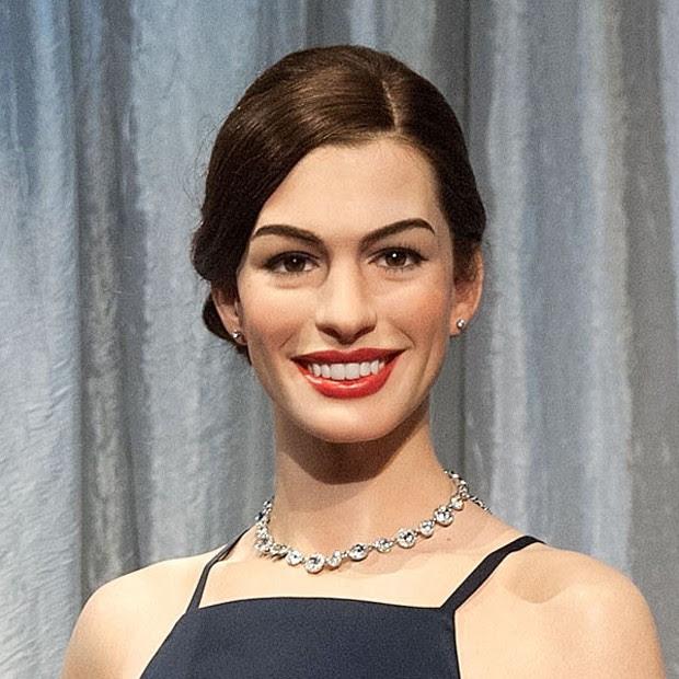 estátua de Anne Hathaway (Foto: AFP)