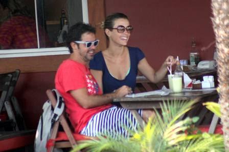 Os dois tinham acabado de sair da praia e foram almoçar