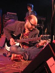 Lead singer/guitarist Robert Schneider