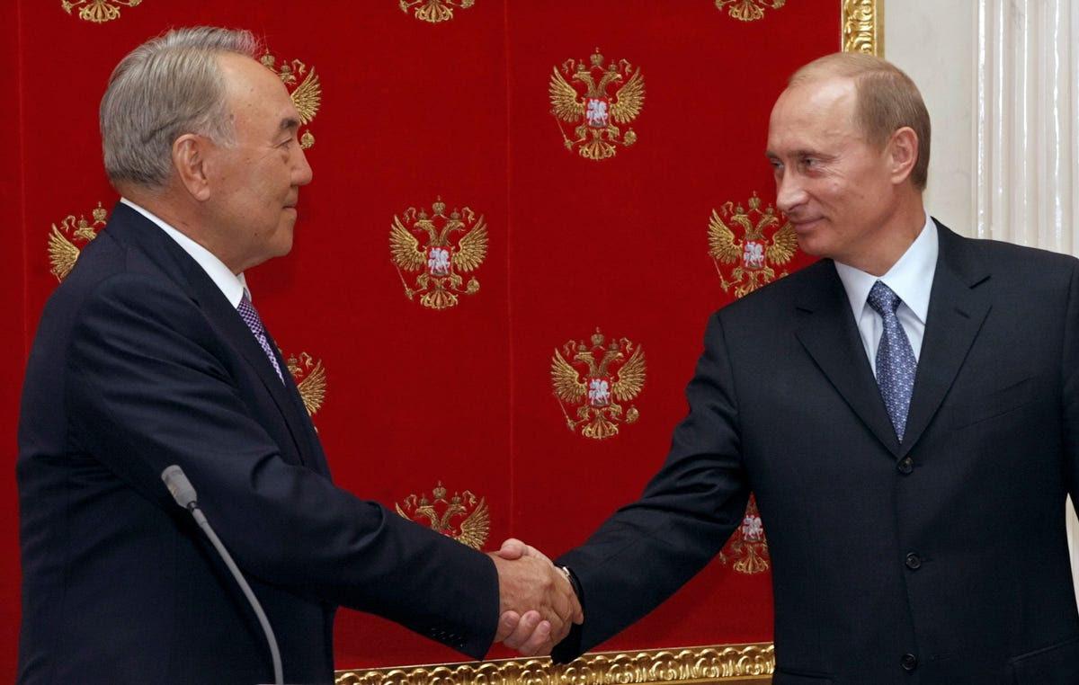 putin Kazakhstan's President Nursultan Nazarbayev