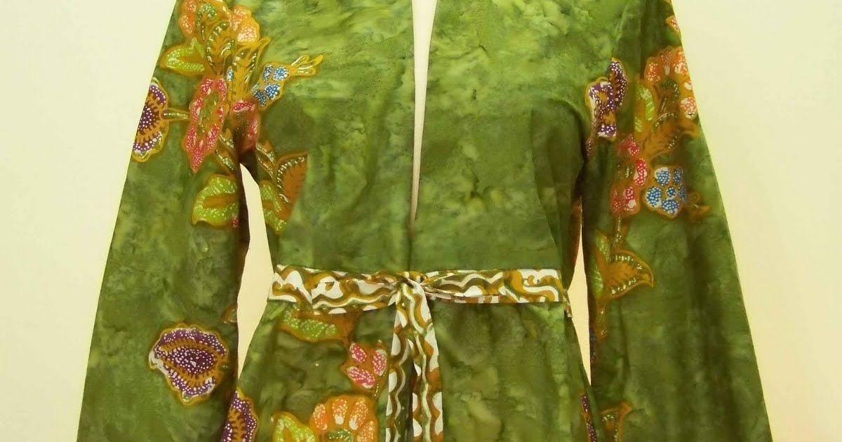 45 Contoh Desain Baju Batik Wanita