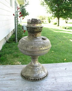 Watch for this Old Rayo Oil Lamp at the 2004 Covered Bridge Festival or at Countryside Antique  Mall Booth 19
