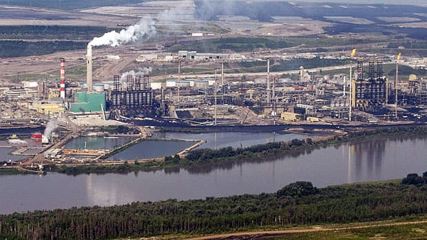 Canadian scientists say they have strong evidence that pollution levels near the Alberta oilsands have increased significantly since production began