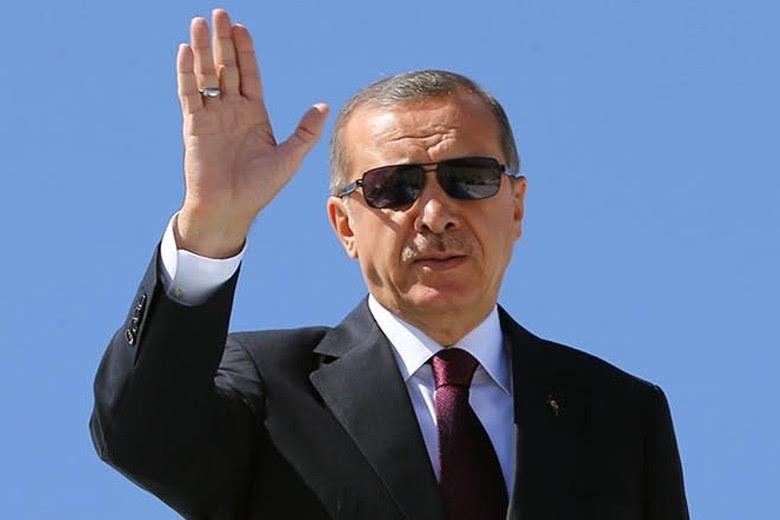 Recep-Tayyip-Erdogan-Emine-Erdogan