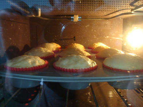 """O """"nascimento"""" de um cupcake! Parte 2. by Menina Prendada -"""