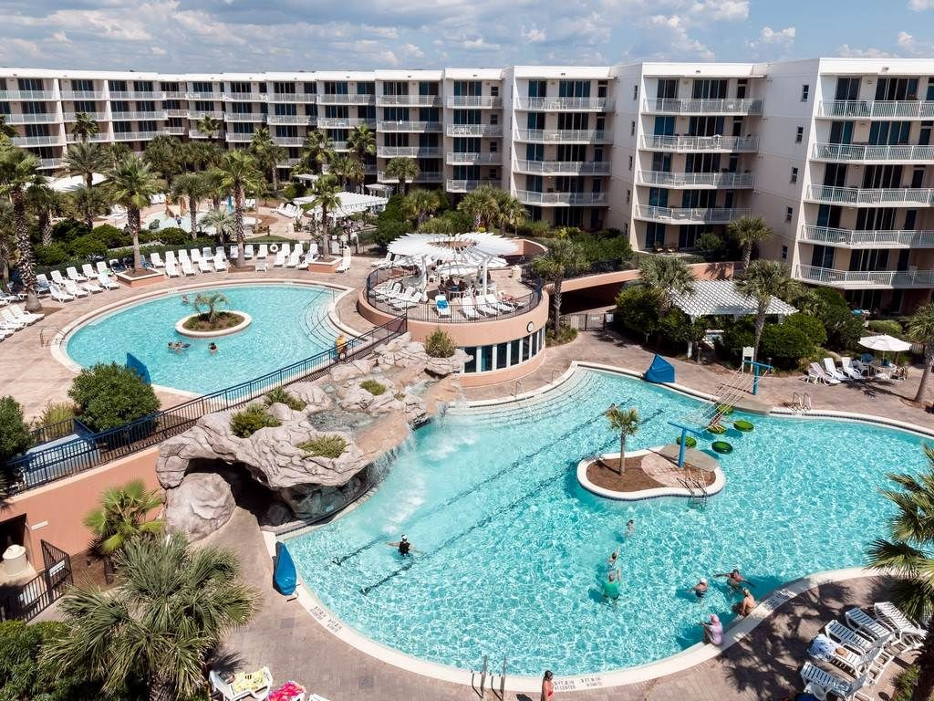 WATERSCAPE B610  top floor short term vacation rental on