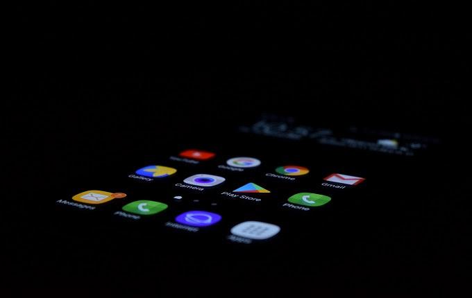 di layar menjadi salah satu hal yang menarik dan menciptakan beberapa perusahaan teknologi mul Layar Samsung dan Teknologi Sensor Vivo Dipaketkan Dalam Xiaomi Mi 7