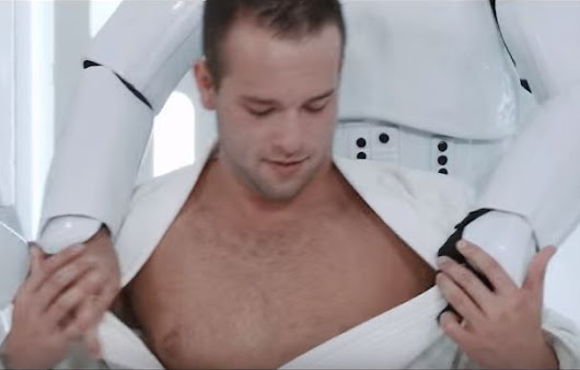 "Of Course…Gay Porno ""Star Wars"" Is Coming For Xmas 