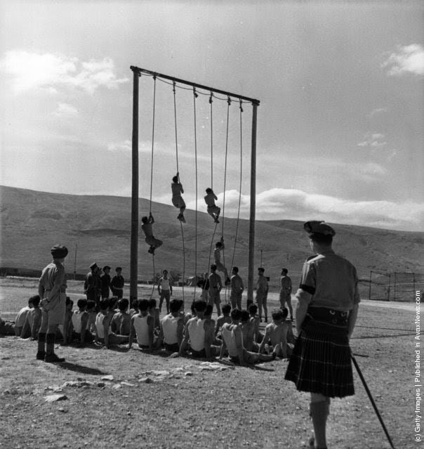 (Φωτογραφία από Keystone Χαρακτηριστικά / Getty Images). 1947