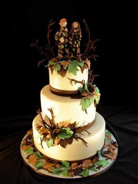 wedding decorations for hunters   Hunting Wedding Cake