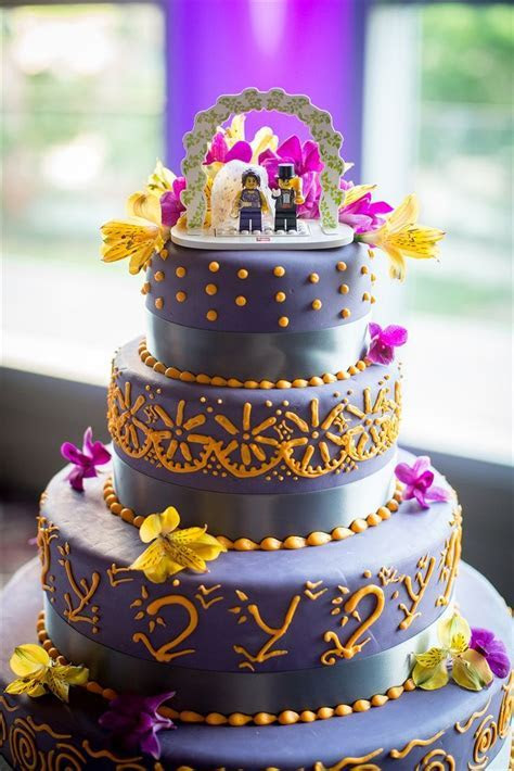 17 Best images about Wedding Cakes on Pinterest   Peacock