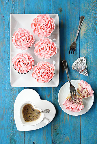 Strawberry pink cupcakes 3