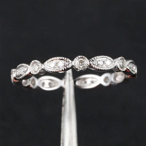 Art Deco Antique Style .32ct Diamond Milgrain 14K White