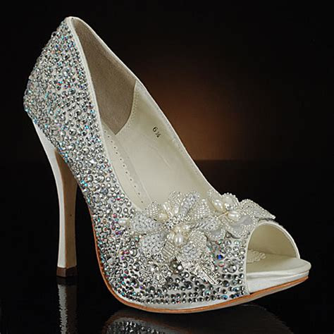 top level wedding shoes  brides