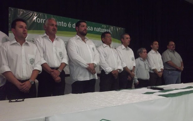 Posse do novo presidente do Alecrim Futebol Clube, em Natal (Foto: Matheus Magalhães/GLOBOESPORTE.COM)