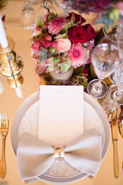 6 Stunning Wedding Napkin Folds