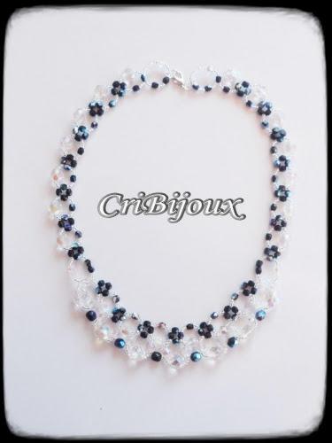collier girocollo classico cristalli neri