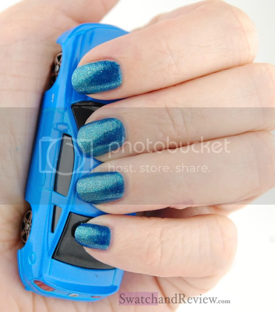 photo OPI-Ford-Mustang-2014-The-Sky-My-Limit-nail-polish-2_zpsc428e3c5.jpg
