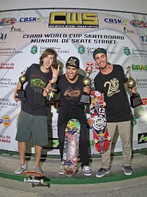 Pódio do Ceará World Cup 2012: Danilo do Rosário (2º), Kelvin Hoefler (1º) e Lucas Xaparral (3º)
