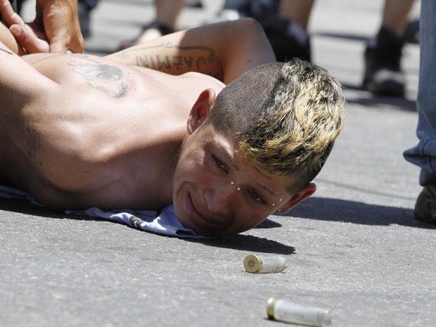 Saques em Córdoba, na Argentina (Foto: AP)