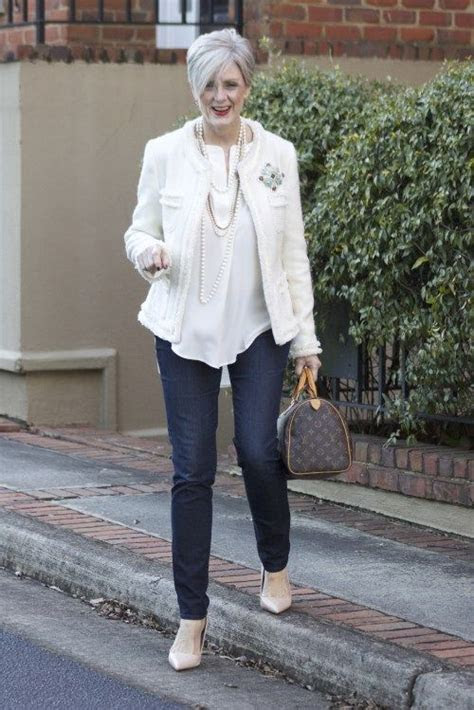 18 Outfits for Women Over 60  Fashion Tips For 60 Plus Women