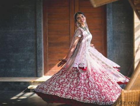 Wedding Dresses And Gowns On Rent in Mumbai, Mumbai