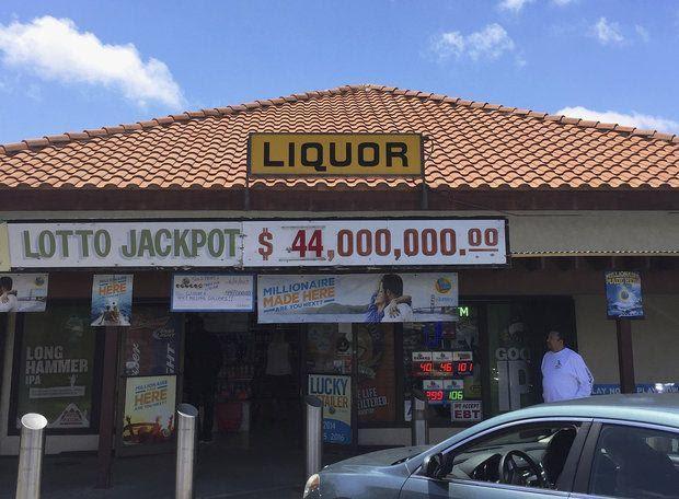 Winner of $447 Million American Powerball Jackpot Comes Forward