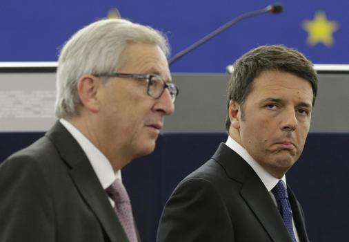 Il presidente della Commissione Ue, Jean Claude Juncker, e il premier italiano Matteo Renzi