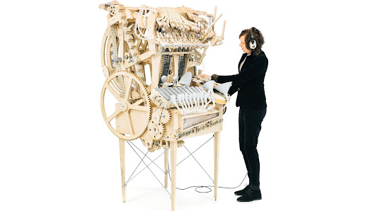 Be Amazed By This Marvelous Music Machine, Powered By 2,000 Marbles