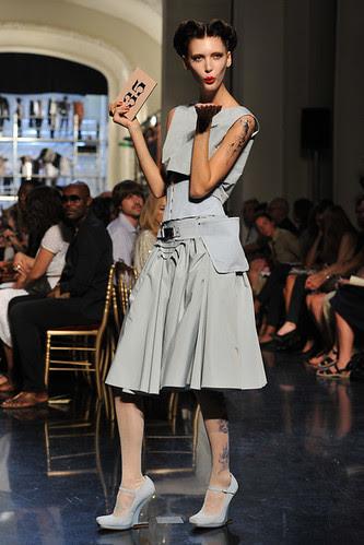 Jean+Paul+Gaultier+Runway+Paris+Fashion+Week+4PzHiy10c5sl