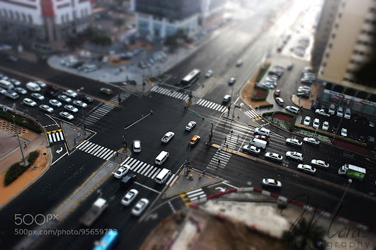 Tilt-shift Effect / Miniature Car