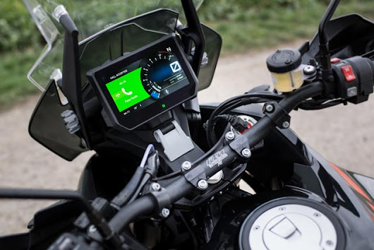 5 Reasons Why Motorcycles Should Have A GPS Device