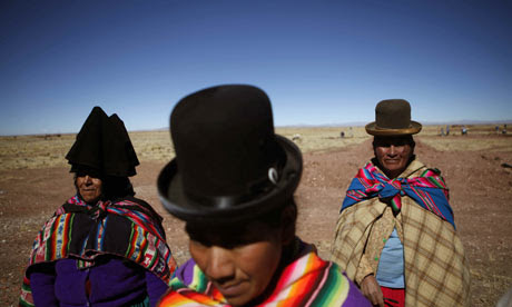 Women in traditional dress in Bolivia