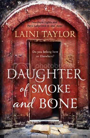 Daughter of Smoke and Bone by Laini Taylor Paperback