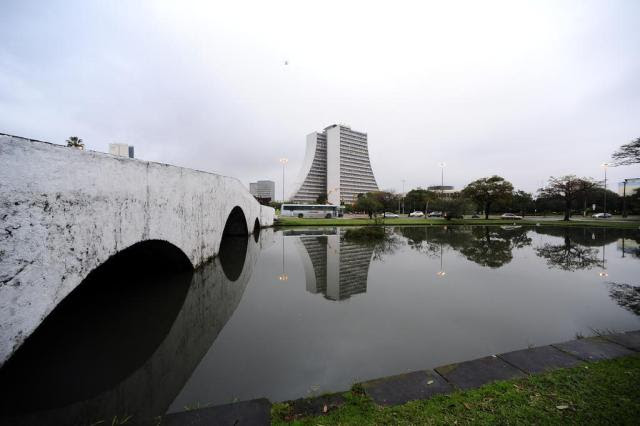 Semana começa com chuva e frio em todo o Rio Grande do Sul Ronaldo Bernardi/Agencia RBS